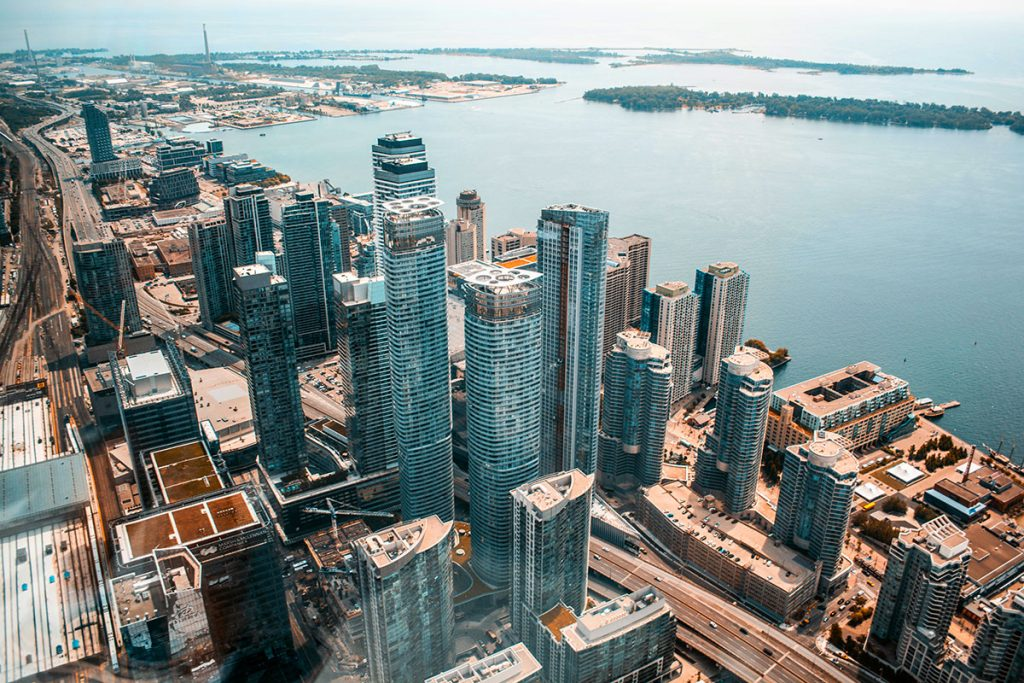 Aerial view of downtown Toronto and Lake Ontario - Dream Key Mortgage